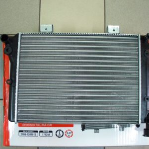 Радиатор охлаждения ВАЗ 2106 ДК