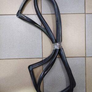 Уплотнитель лобового стекла ВАЗ 2108-09 БРТ